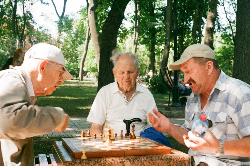 Senioren beim Schach